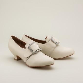 """Kensington"" 18th Century Leather Shoes (Ivory)(1760-1790)"