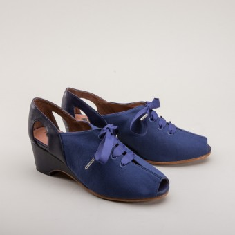 """Daphne"" Retro Wedge Sandals (Navy Blue)"