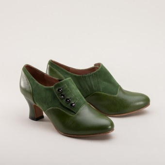 """Greta"" Retro Side-Button Shoes (Green)"