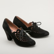 Alice Retro Cutout Oxfords (Black)