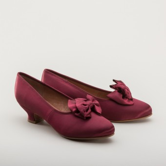 """""""Amelie"""" Satin Pumps (Berry)(1880-1920)"""
