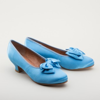 "IMPERFECT ""Amelie"" Satin Pumps (Sky Blue)(1880-1920)"