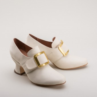 "PRE-ORDER ""Garrick"" Theatrical 18th Century Shoes (Ivory)"