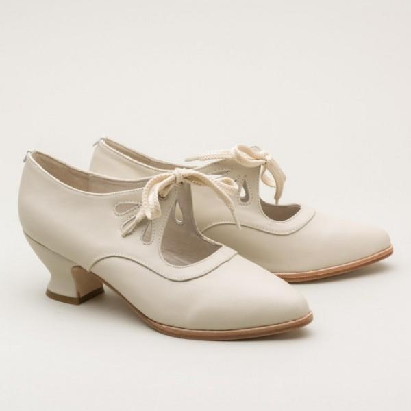 Gibson Edwardian Leather Shoes Ivory 1900 1925
