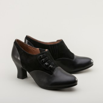 Greta Retro Side-Button Shoes (Black)