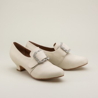 """Kensington"" 18th Century Leather Shoes (Ivory)(1760-1790)"