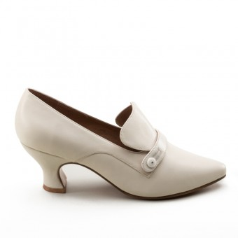 """Moliere"" Edwardian Pumps (Ivory)(Imperfect)"