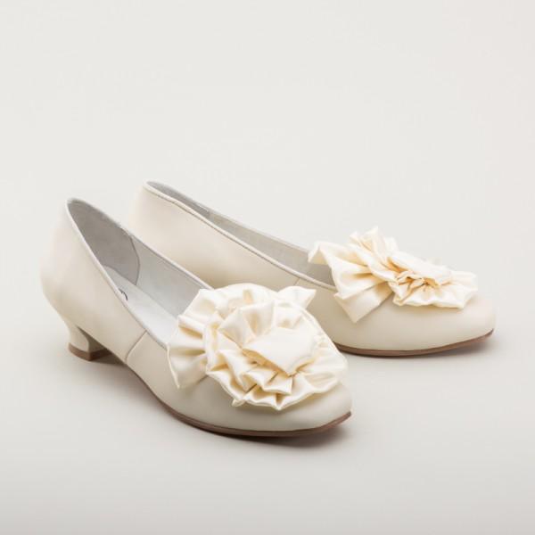 Vintage Wedding Shoes, Flats, Boots, Heels Tissot Victorian Pumps (Ivory)(1850-1880s) $155.00 AT vintagedancer.com