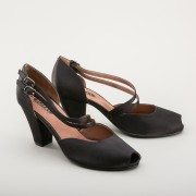 """Zella"" 1940s Duo-Strap Sandals (Black)"