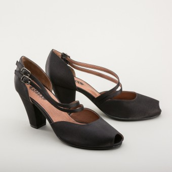 """Zella"" 1940s Duo-Strap Sandals (Black)"