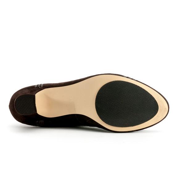 Best Way To Clean Shoe Soles